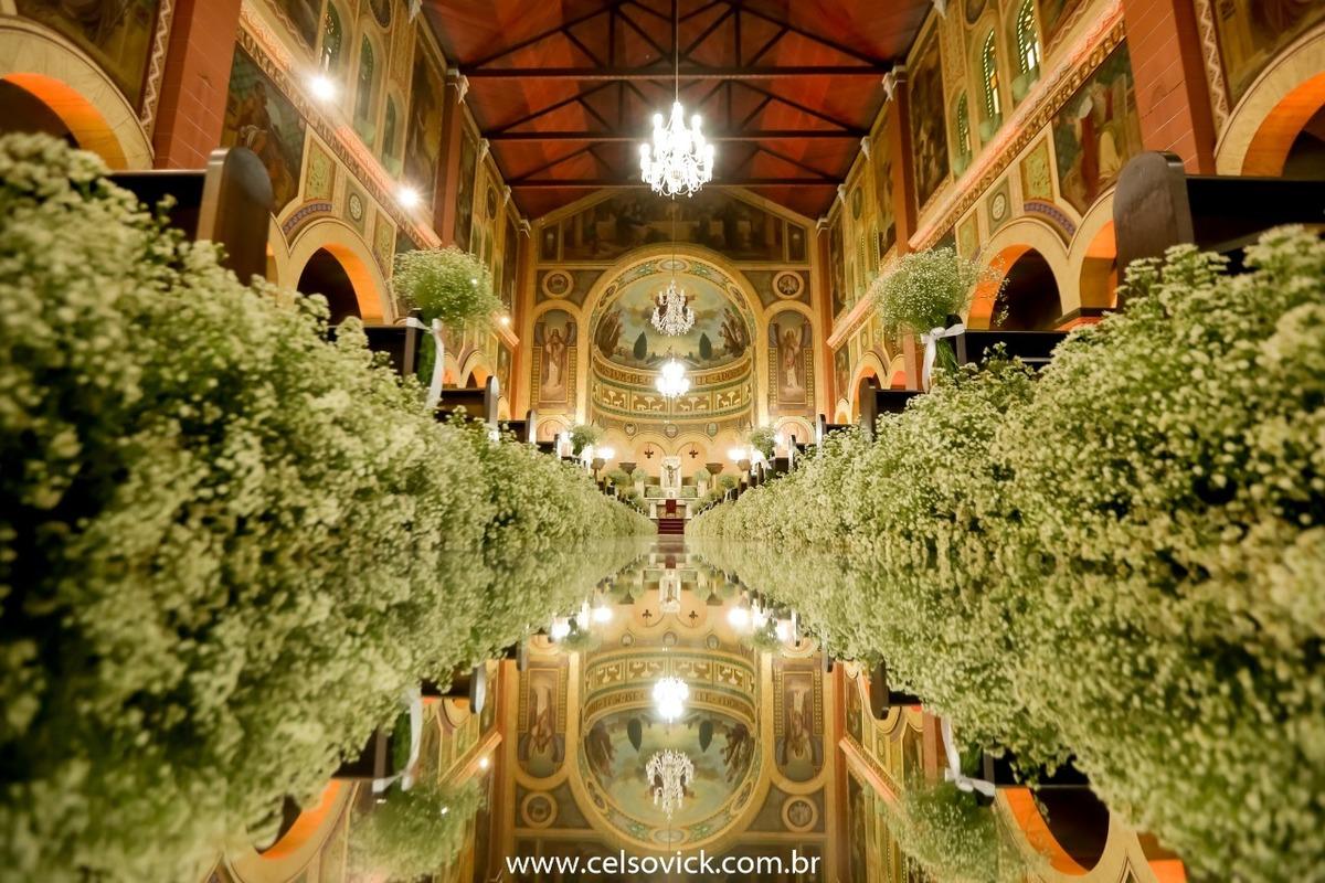 Imagem capa - Igreja Matriz Sagrada Família | São Caetano do Sul por Celso Vick Fotografia e Filme
