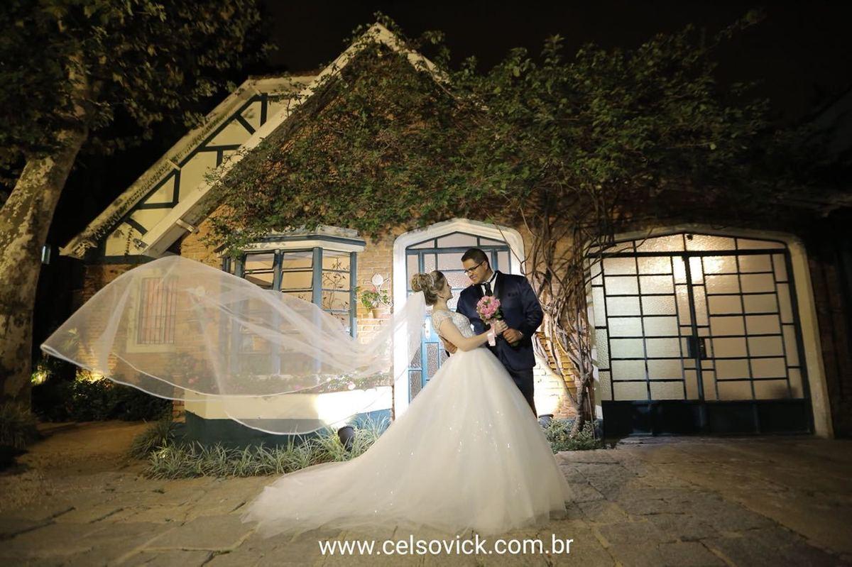 Imagem capa - Véu e Grinalda por Celso Vick