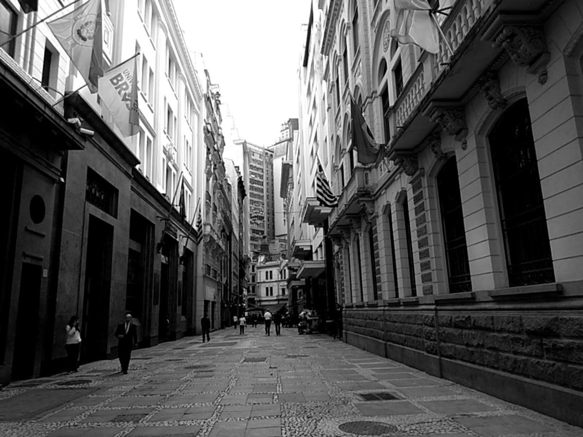 Imagem capa - Rua 15 de Novembro | Centro da Cidade de São Paulo por Celso Vick Fotografias