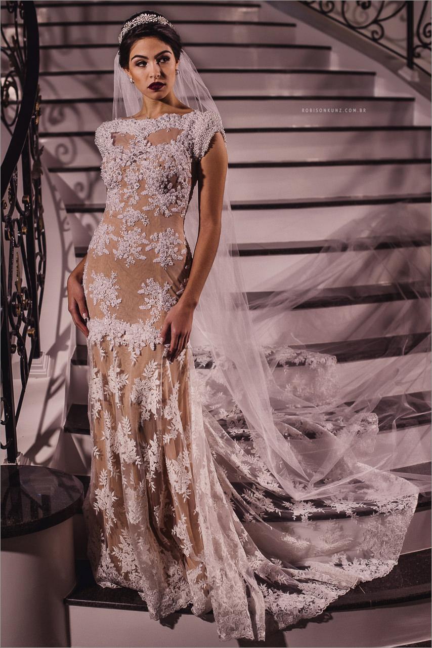foto de vestido de noiva na escada