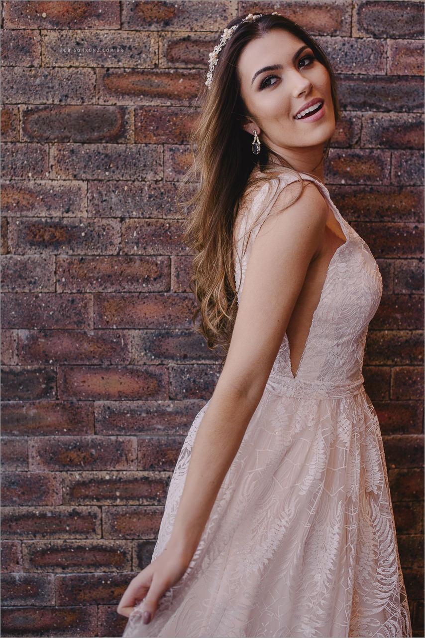 editorial de mova com vestido de noiva