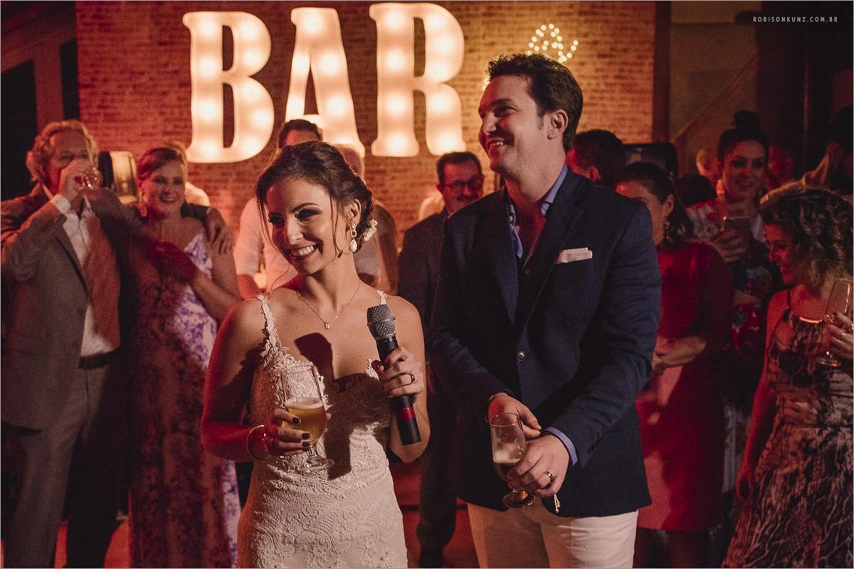 bar dentro do casamento