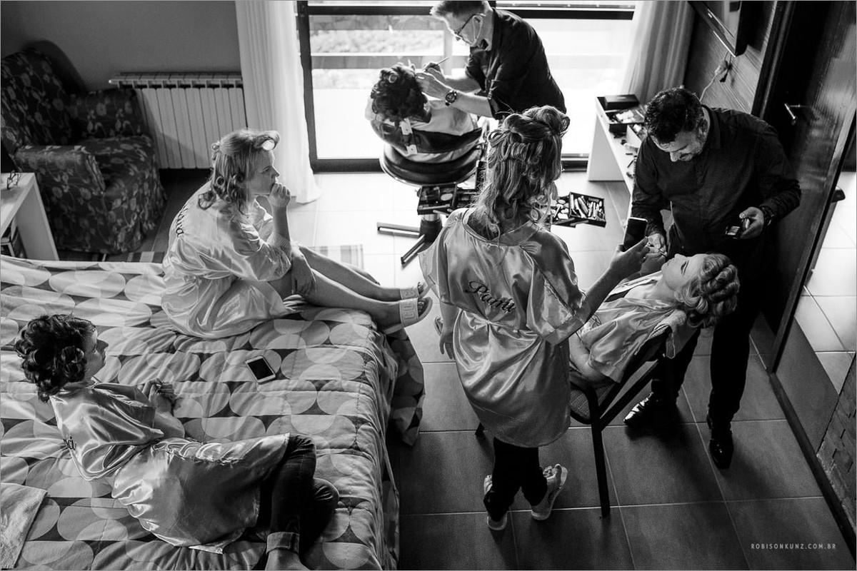 noiva e madrinhas se arrumando hotel vila verde
