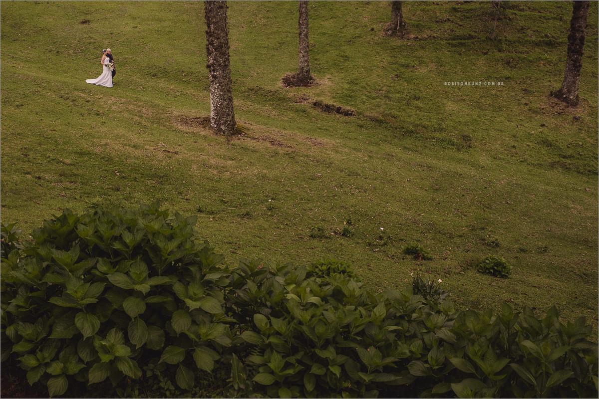 entrada da noiva no campo