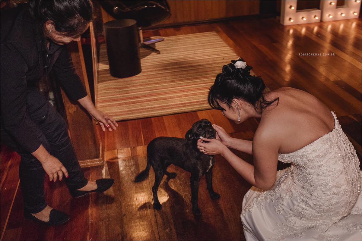 noiva com cachorro