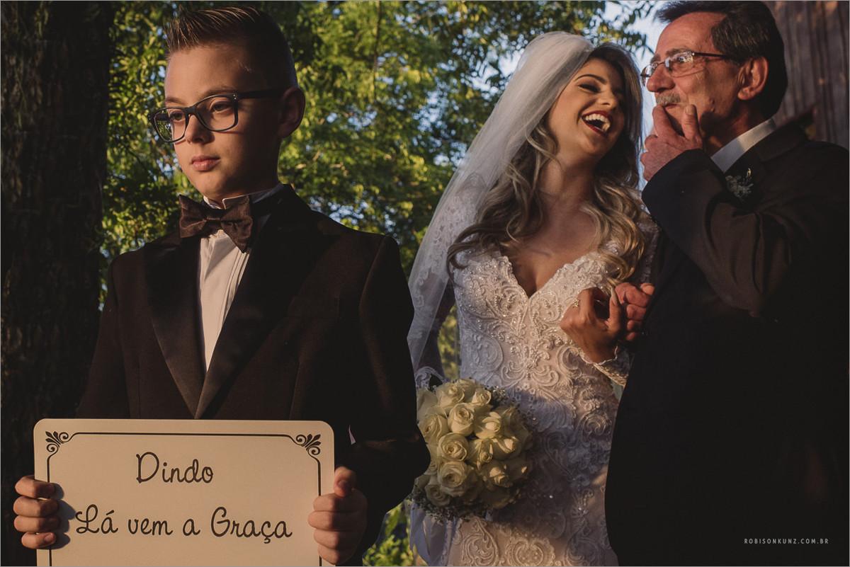 noiva e pai antes de entrar