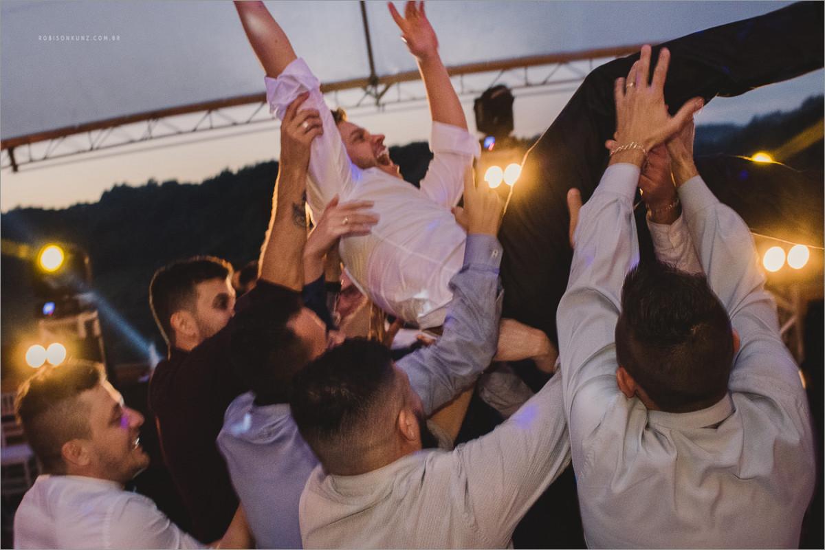 festa de casamento até amanhecer