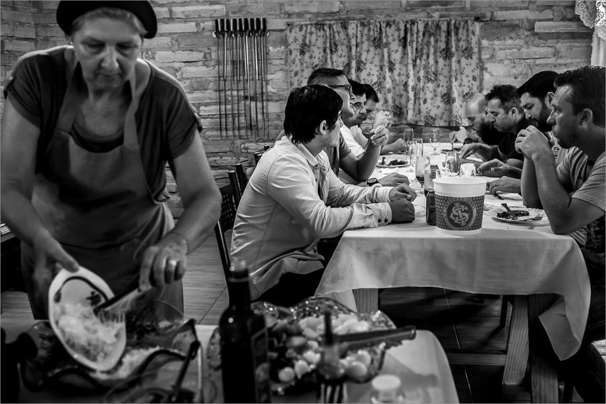 workshop perseguindo fotografias verdadeiras com nei bernardes e robison kunz - amoço