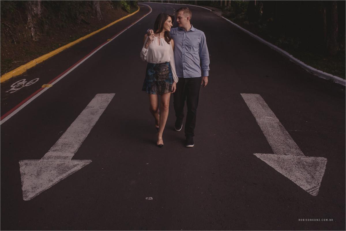 foto de casal na rua