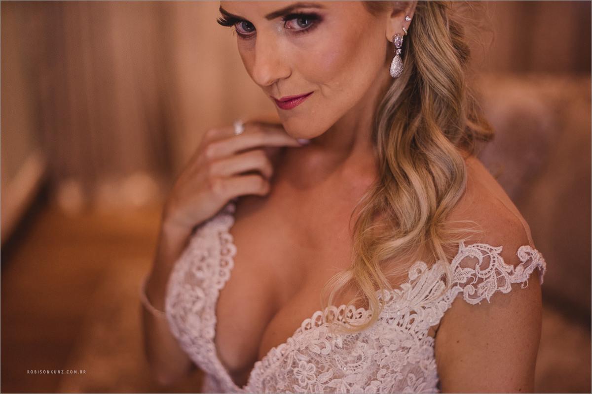 retrato da noiva minutos antes da cerimonia