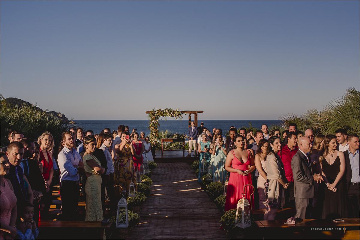 casamento no por do sol praia
