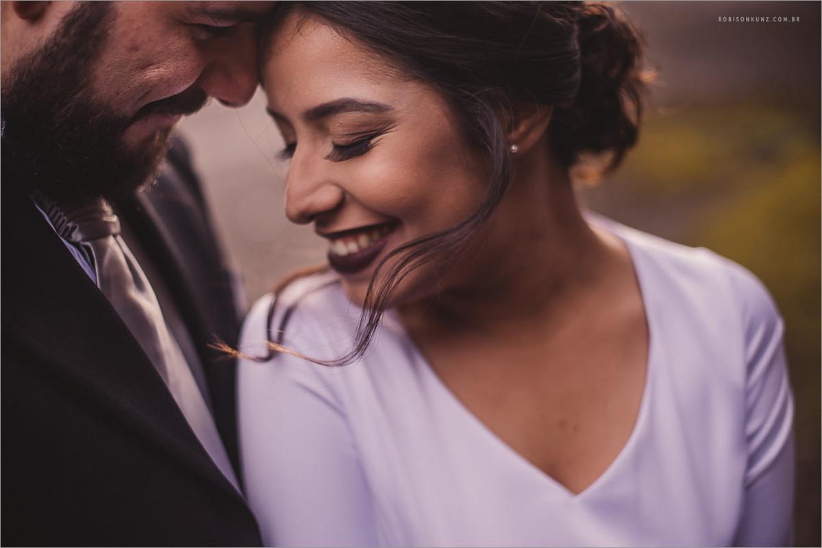 foto dos noivos após o casamento