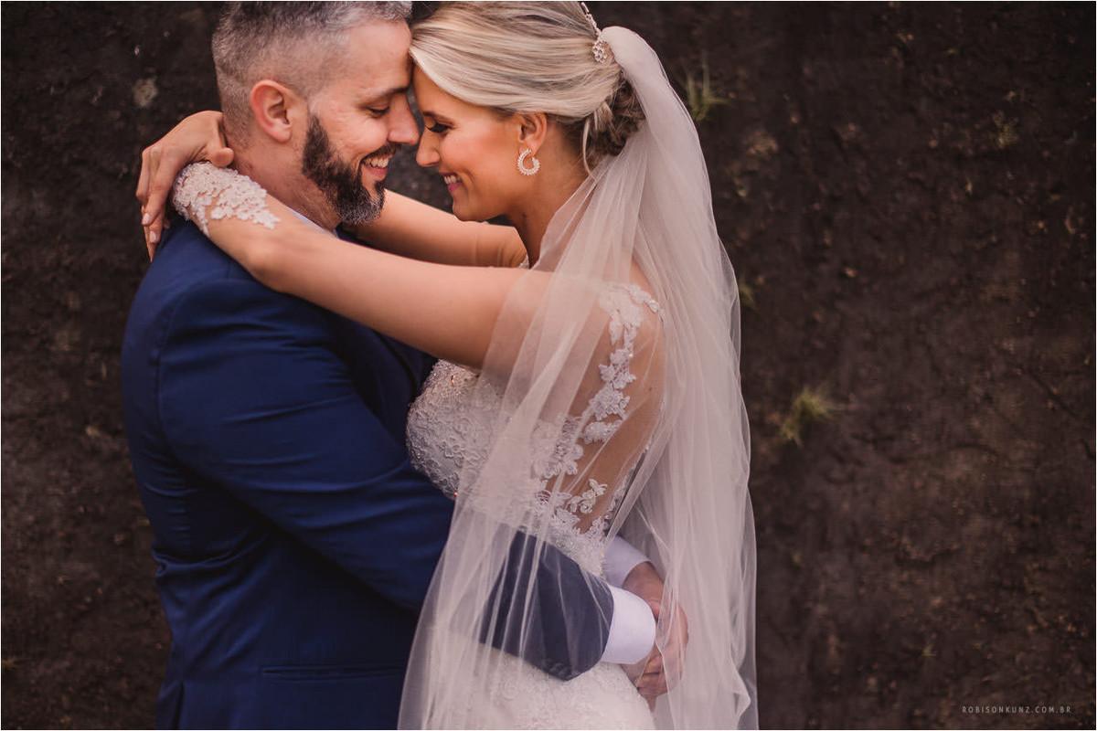 retrato dos noivos no casamento