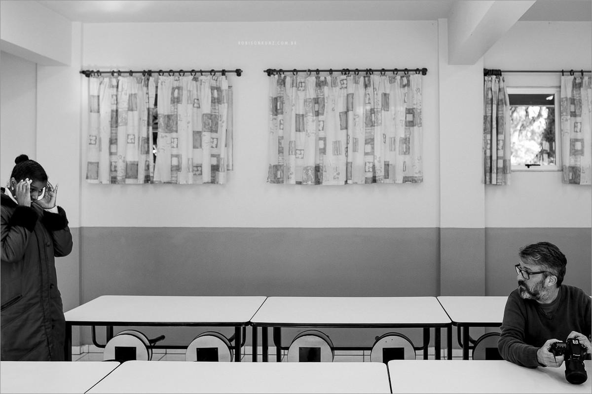fotografia no refeitoria da escola