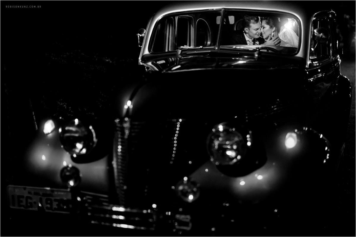 casamento com carro antigo