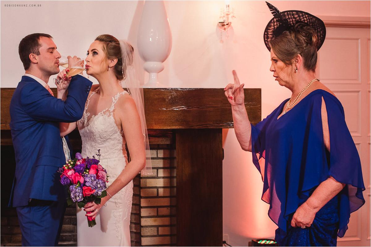 brinde dos noivos com a sogra