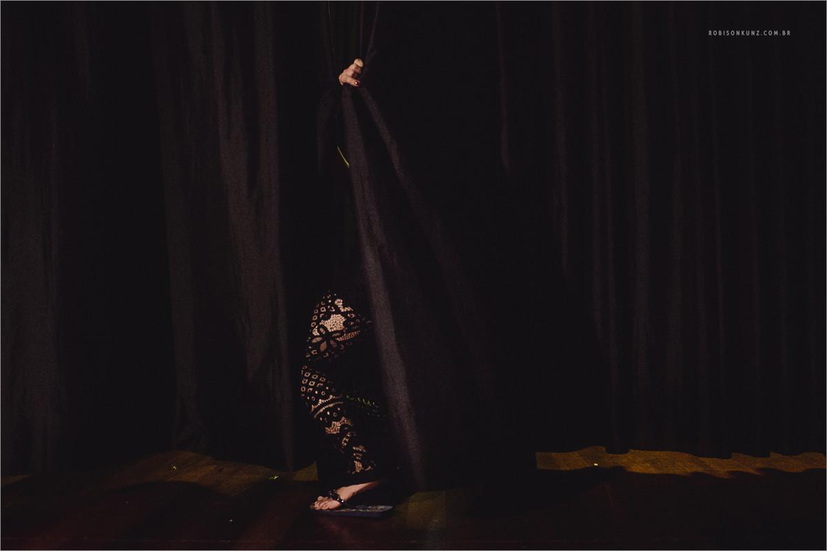 madrinha seduzindo no palco