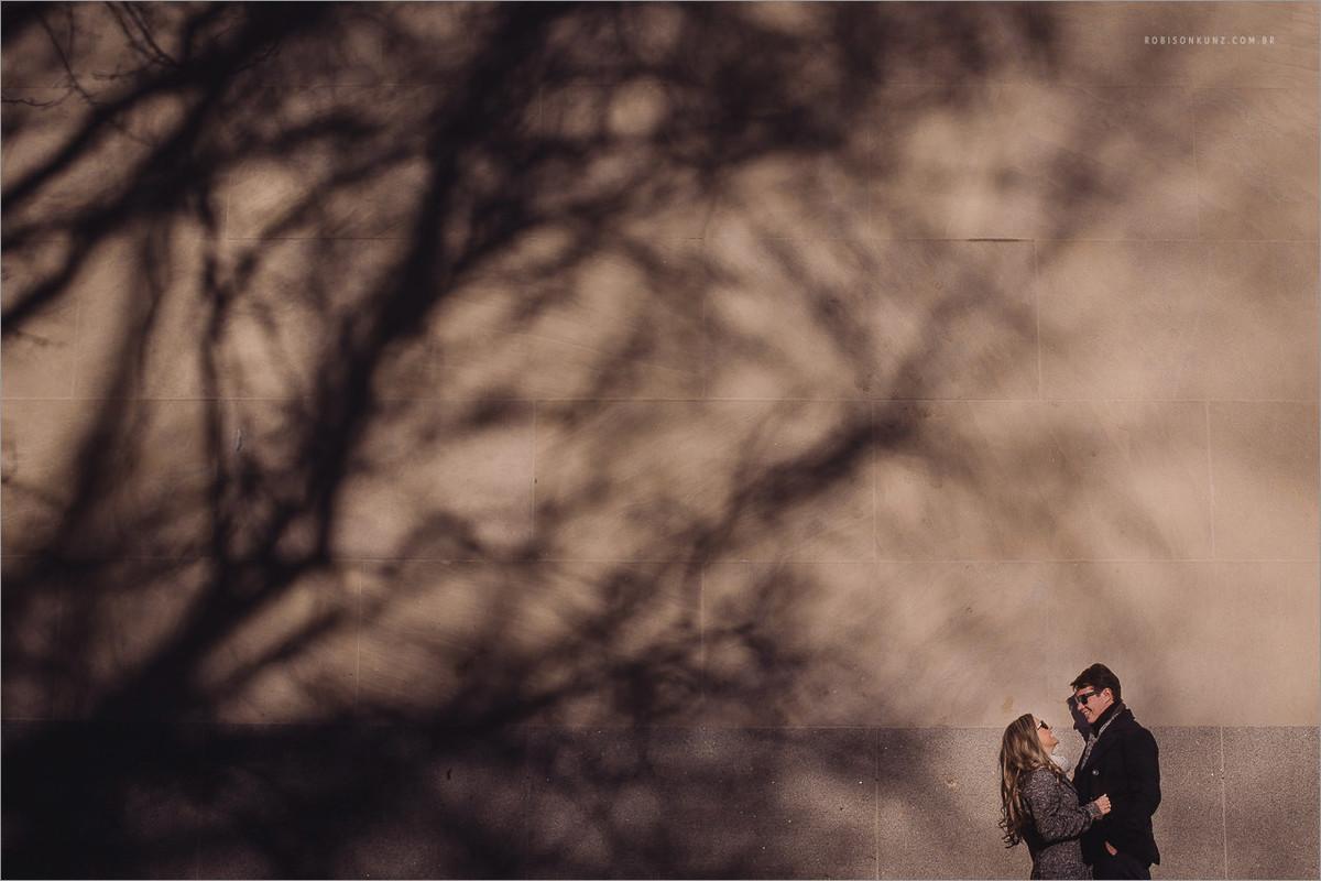 foto diferente de casal em ny