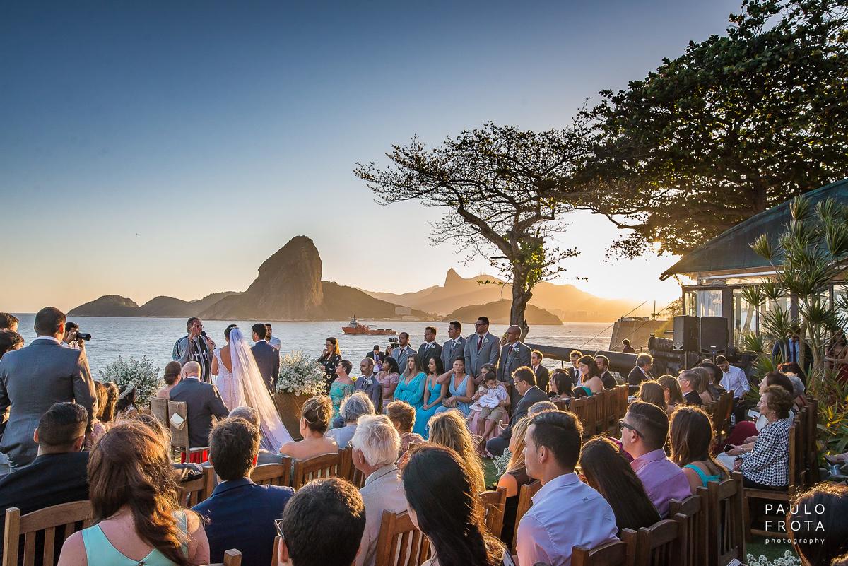 Imagem capa - 8 dicas para ter Fotografias Fodas no seu Casamento na Praia por Paulo Frota