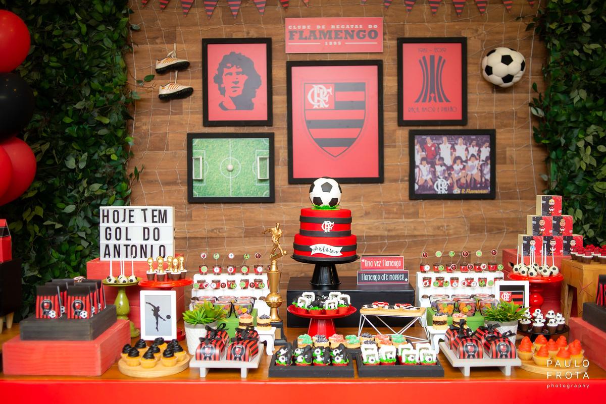 Imagem capa - Festa Infantil com Tema Flamengo por Paulo Frota