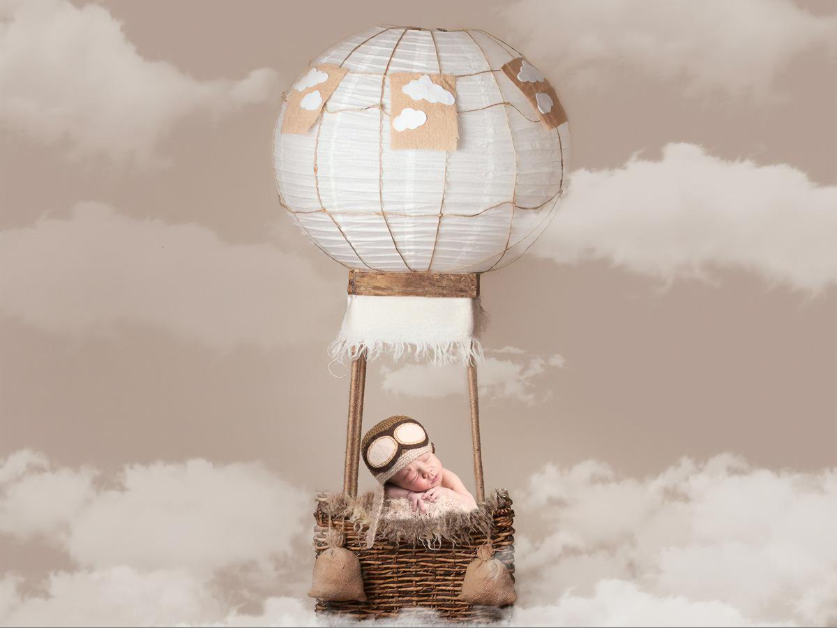 Imagem capa - Qual melhor maneira de vc saber se seu bebe recem nascido está com frio ou calor? por JULIO REIS