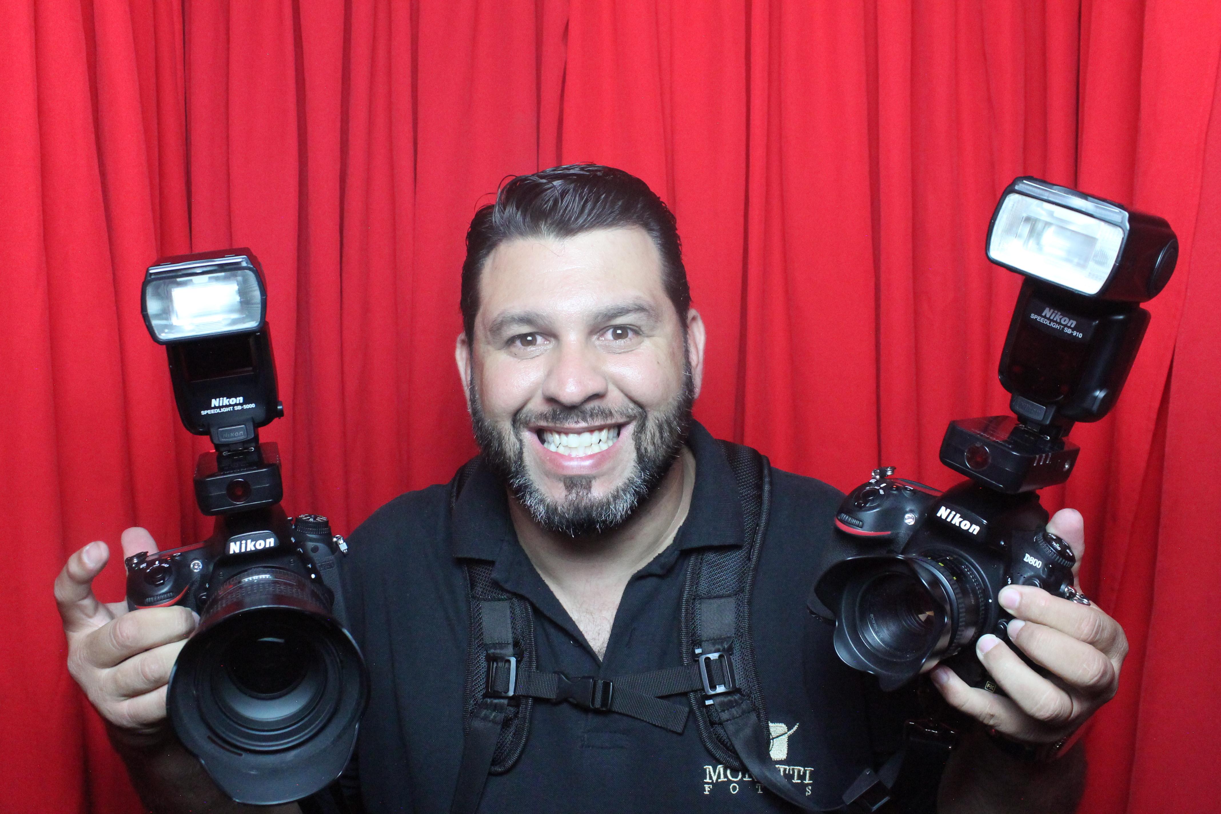Sobre Moretti Fotos - Fotógrafo de Casamento, Eventos Sociais, Corporativos, Aniversários e Cabine de Fotos