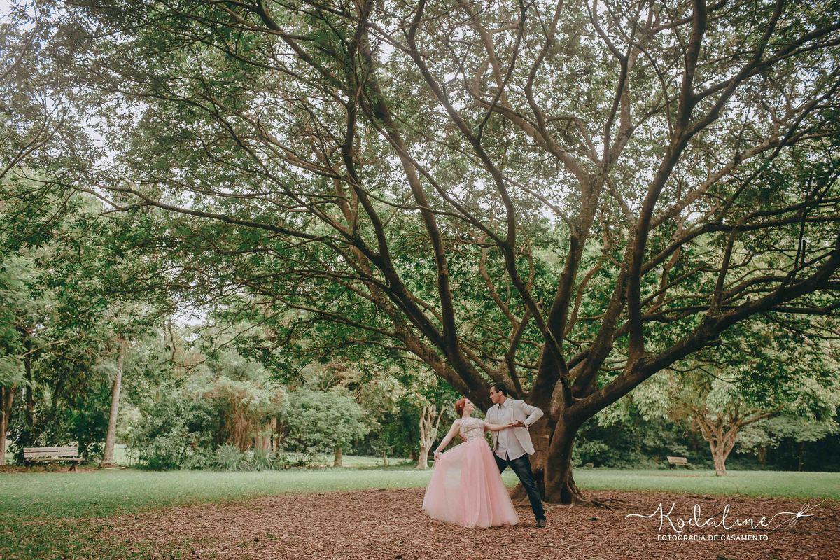 Imagem capa - Você já pensou em dançar no seu casamento?  por Luciana Ferreira