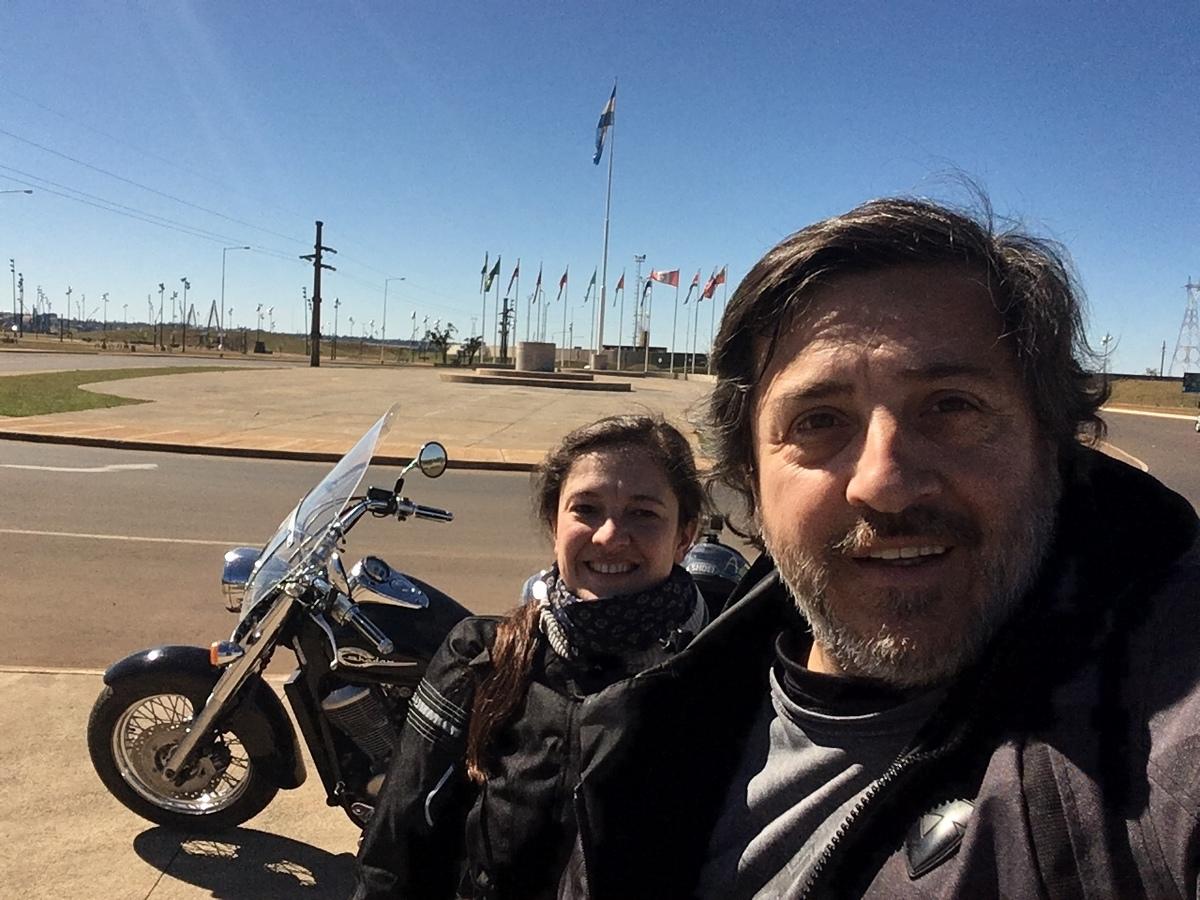 Imagem capa - Viaje a cataratas en motocicleta II  por Mariano Sosa