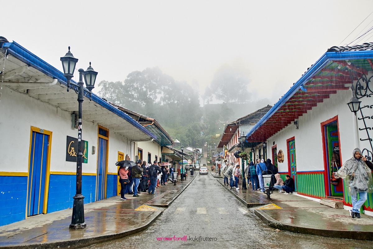 Imagem capa - Ponencia en 3er Campamento fotográfico Megafoto Salento Colombia por Vero Martorell