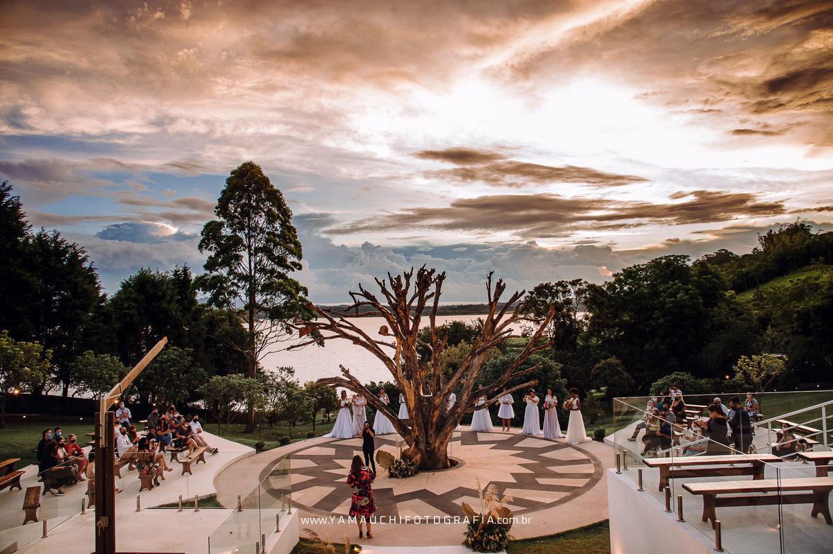 Imagem capa - Lançamento da Coleção PRA SEMPRE by Mari Quiziri - Sítio HIS Eventos por Yamauchi Fotografia