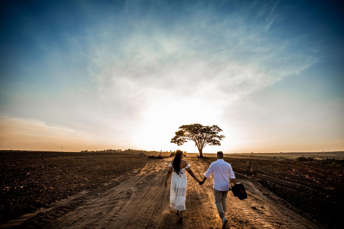 Imagem capa - Estilos de Ensaio Fotográfico para Casamento por History Produtora
