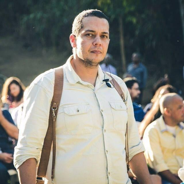 Sobre Carmo - RJ | Rodrigo Curty Menezes
