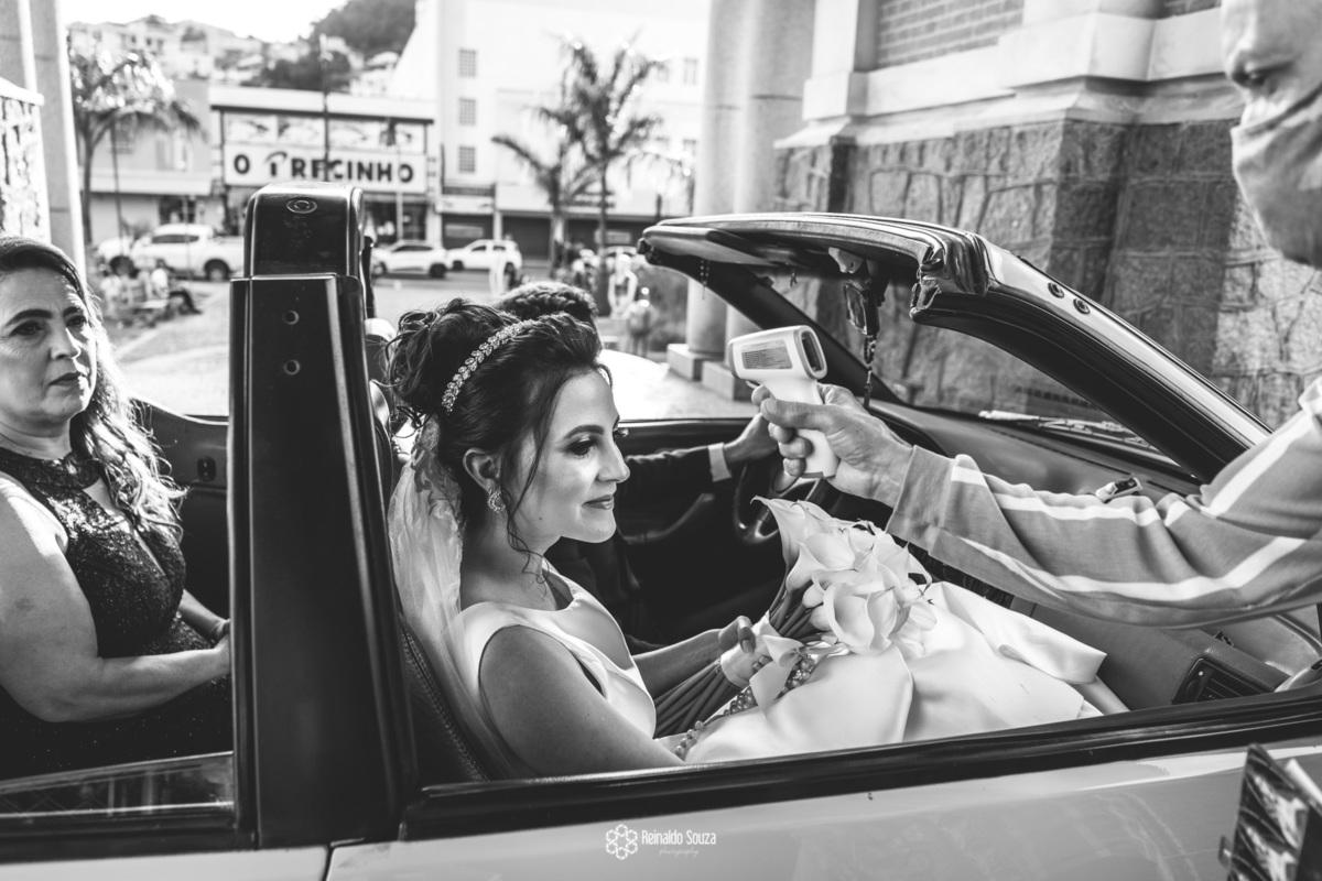 Imagem capa - Casamento na pandemia por Reinaldo Cesar de Souza