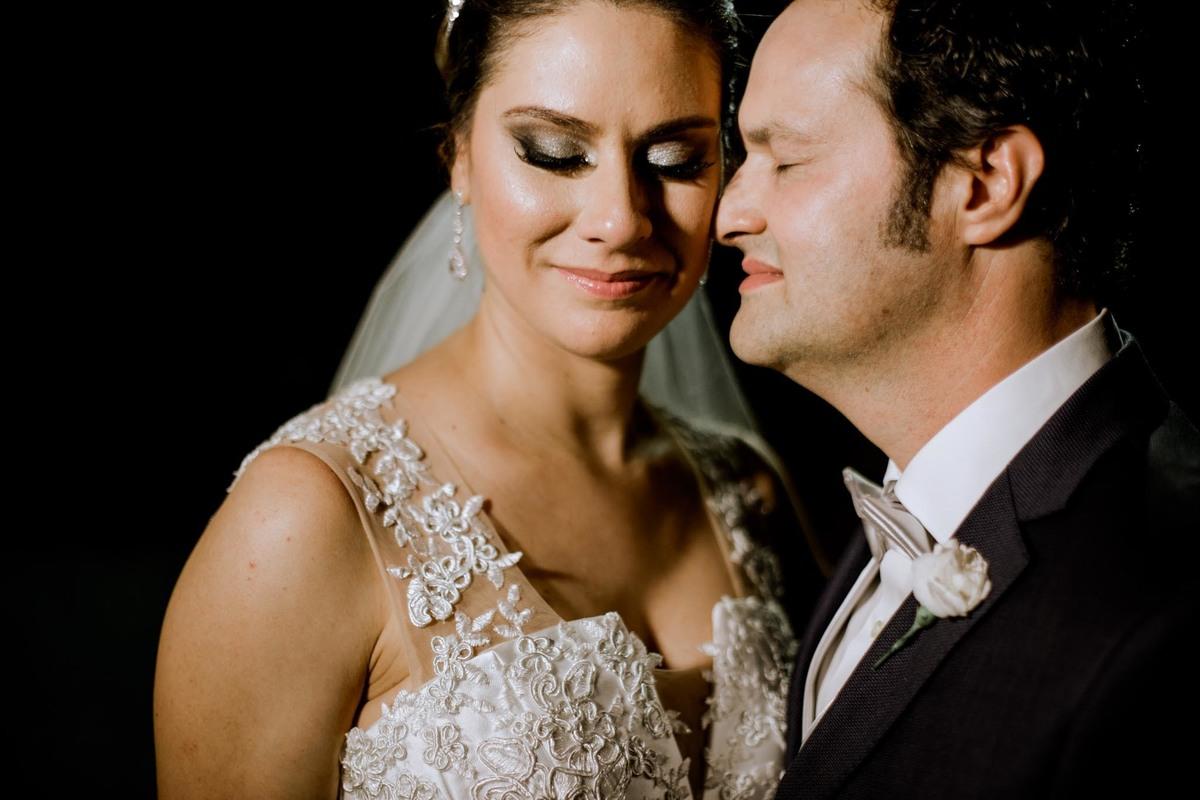 Imagem capa - Flávia e Fabio por Ana Célia Berto