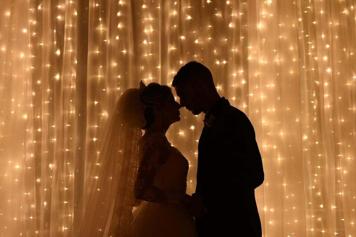 Imagem capa - O que significa o Casamento? por Munike Markus