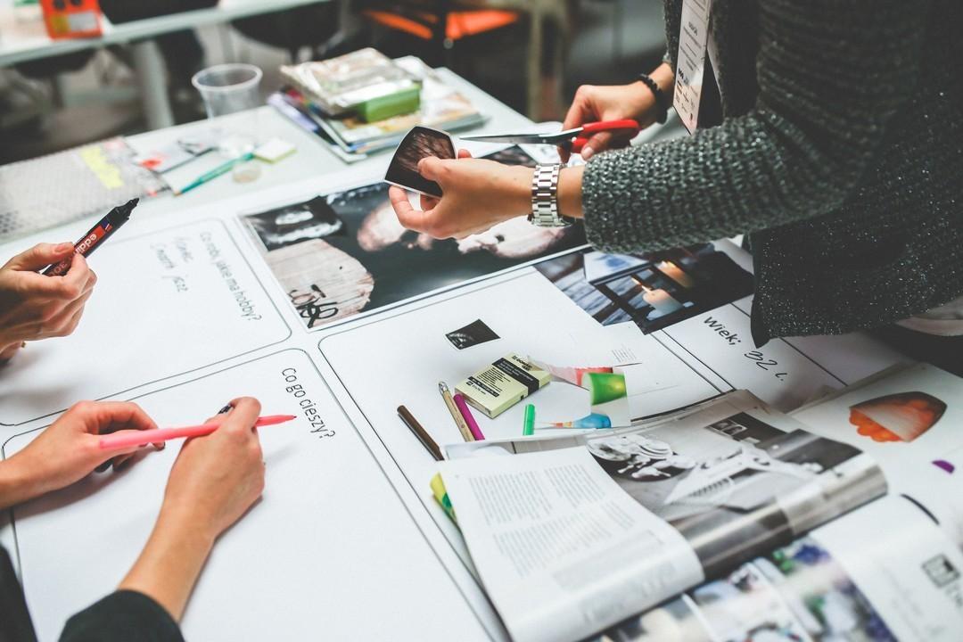Imagem capa - Criatividade: todo mundo é criativo? por Diego Augusto Durante