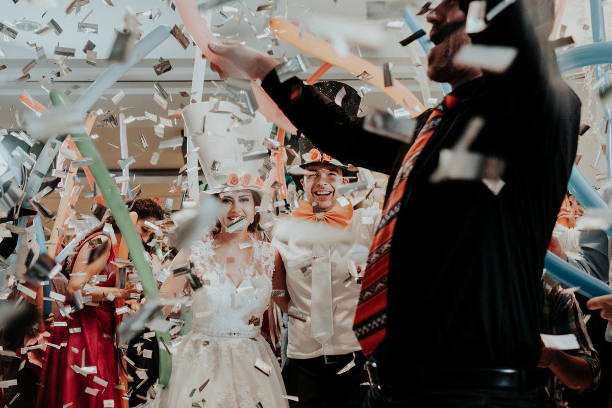 fotografia de bodas momentos sin posar fiesta hora loca