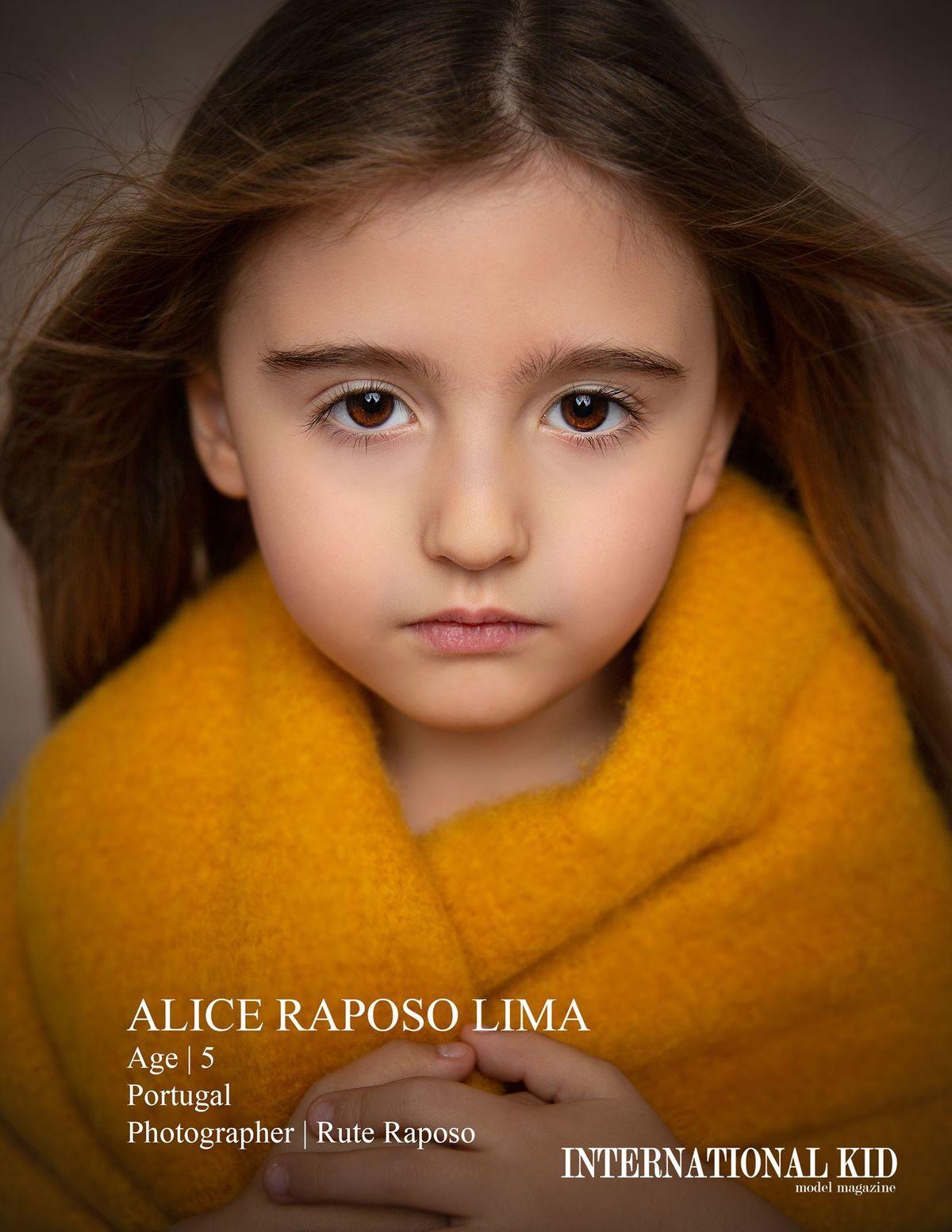 Imagem capa - Destaque na International Kid Model Magazine por Rute Raposo
