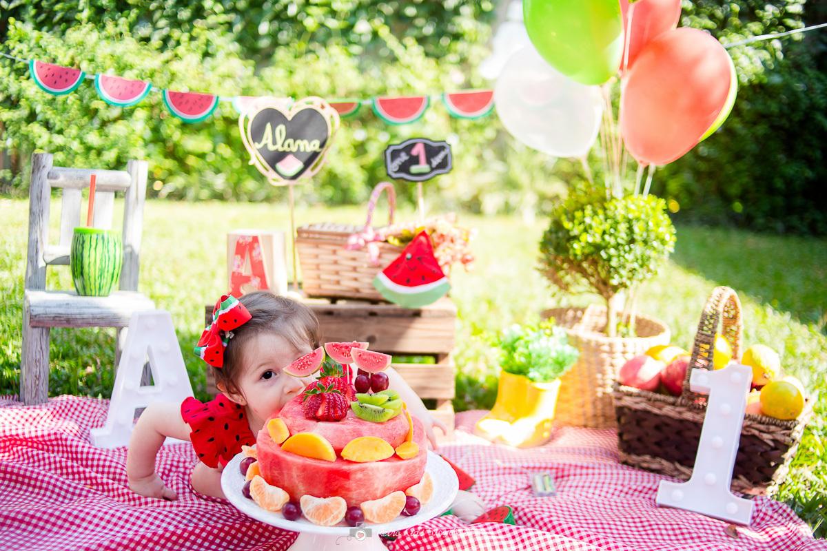 Imagem capa - Ensaio Infantil Smash the Fruit - São Paulo por Retrô Kids Fotografia