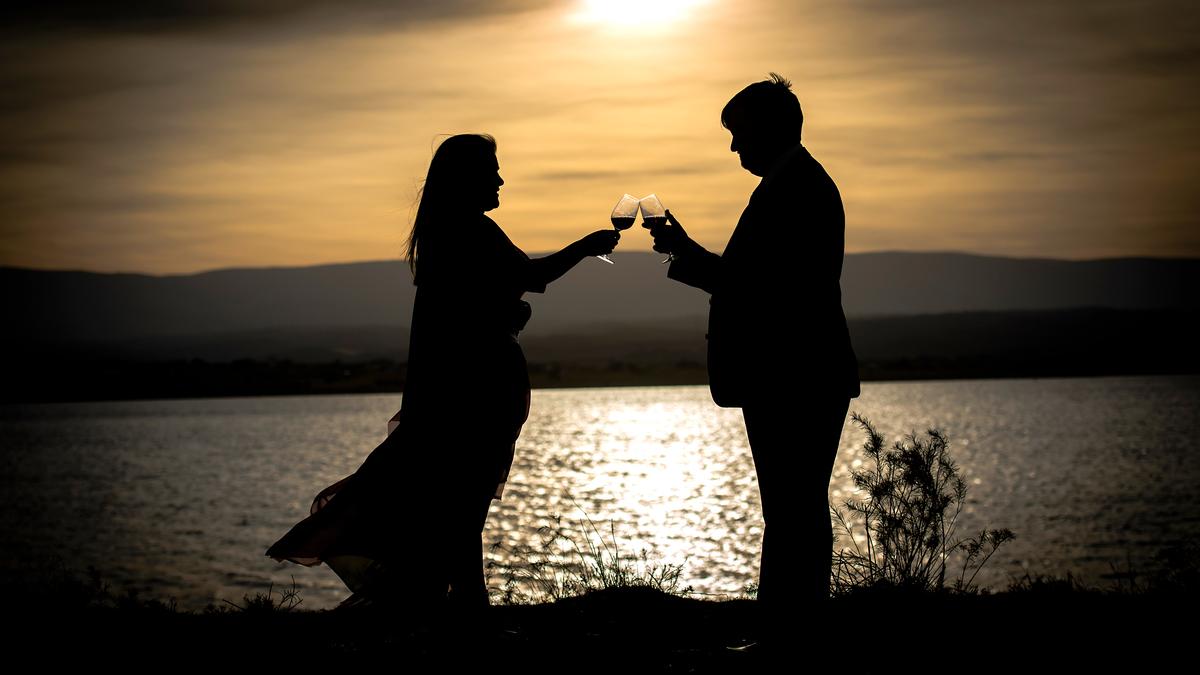Imagem capa - La hora dorada: Mi momento preferido para hacer las fotos de retrato de la pareja, el dia de su boda por Luiggi Benedetto