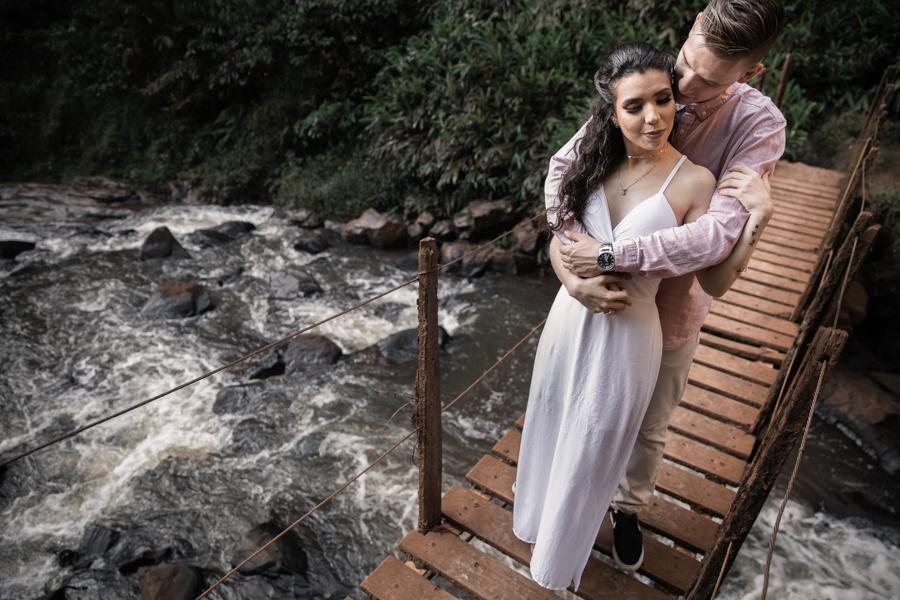 Imagem capa - Por Que Fazer um Ensaio Pré-Casamento? Veja Esses 4 Grandes Motivos e SUPREENDA-SE! por Lucas Dreher