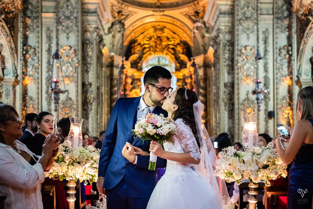 Imagem capa - Mariane e Anderson | Casamento na Igreja Ordem Terceira do Carmo por Vero Fotografia