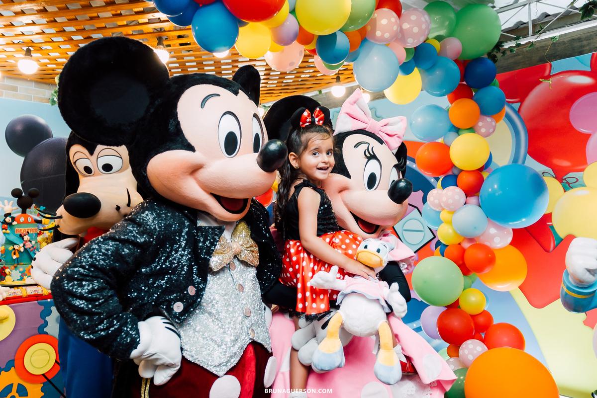 Imagem capa - Por que contratar um fotógrafo para a festa do seu filho? por Bruna