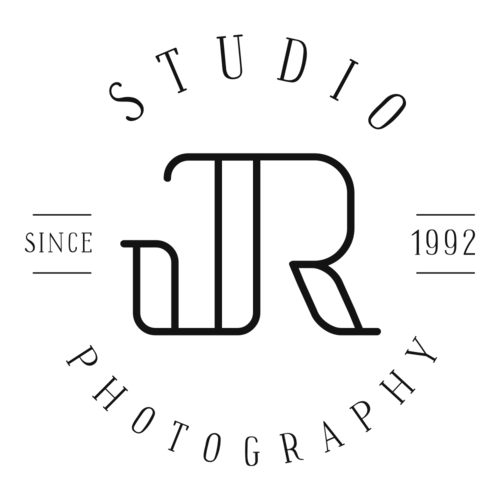 Logotipo de Studio JR.