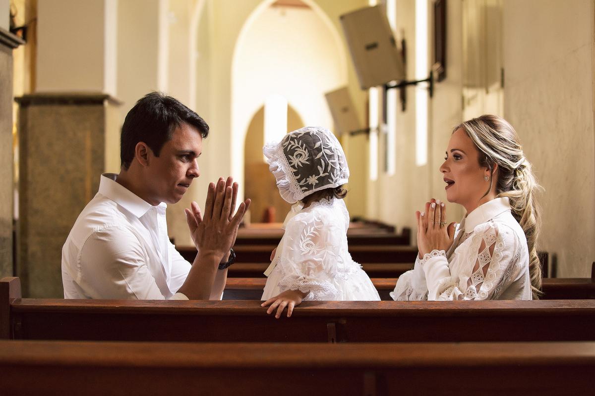 Imagem capa - As melhores dicas para organizar um batizado  por Studio JR.