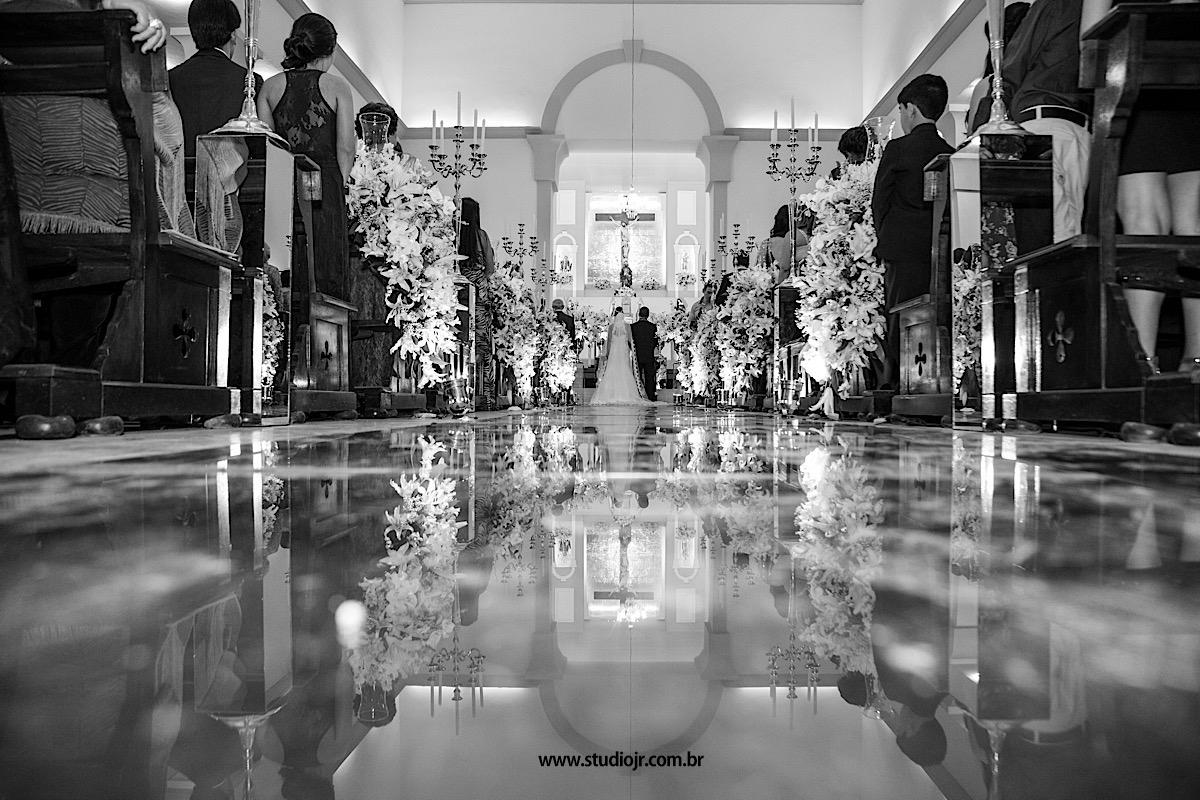 Imagem capa - Quantos Convites de Casamento é Preciso Comprar? por Studio JR.