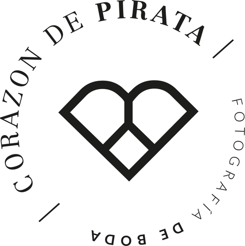 Logotipo de Corazon de pirata