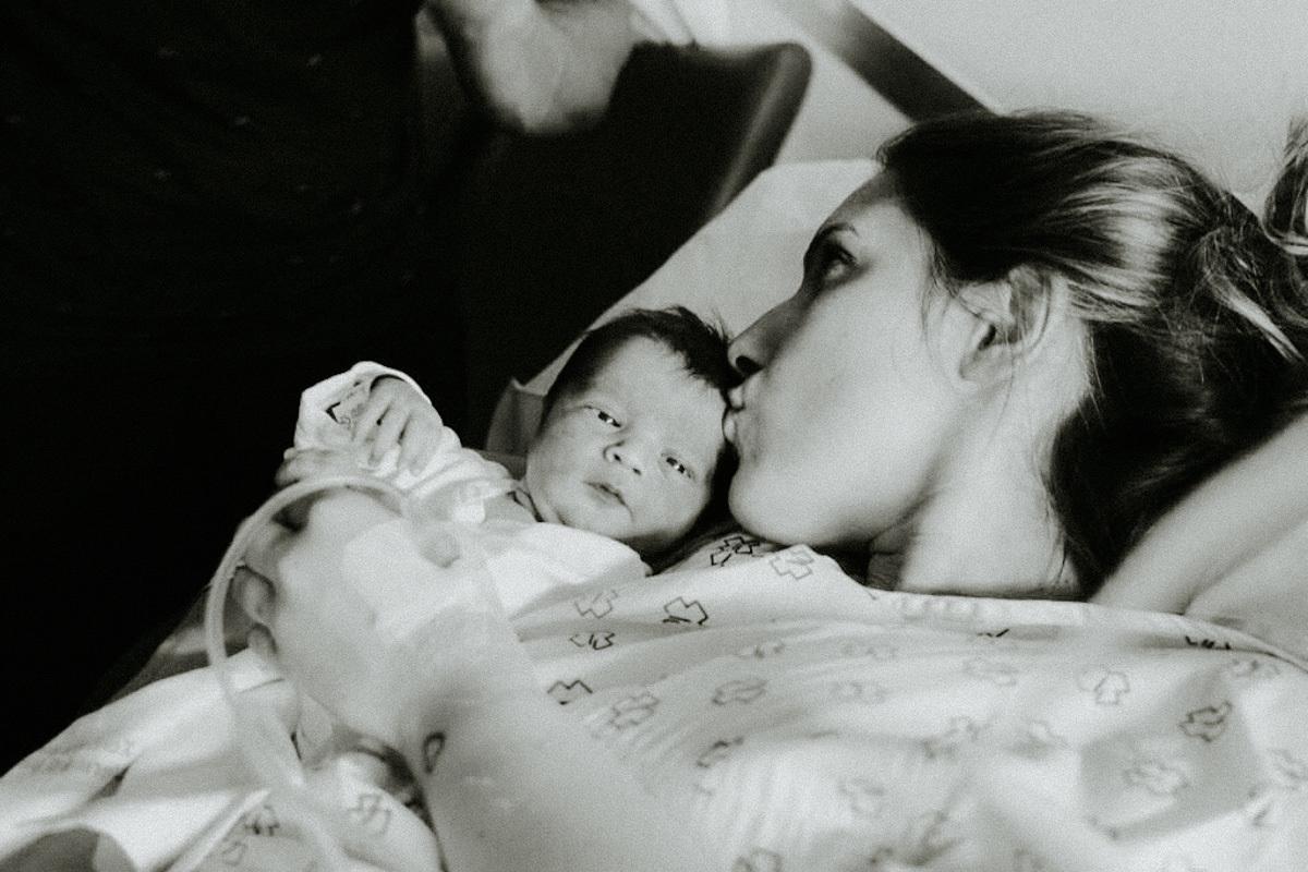 Imagem capa - Fotografía del recien nacido en el hospital por Corazon de pirata