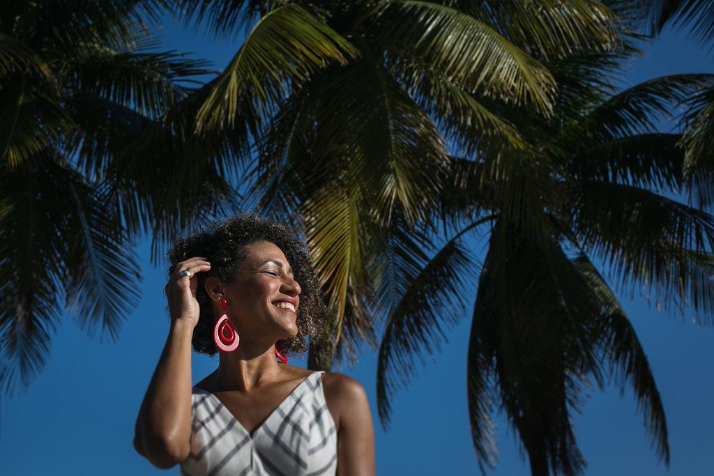 Sobre Dani Batista: Fotografia de Famílias, Casamentos Intimistas RJ/SP
