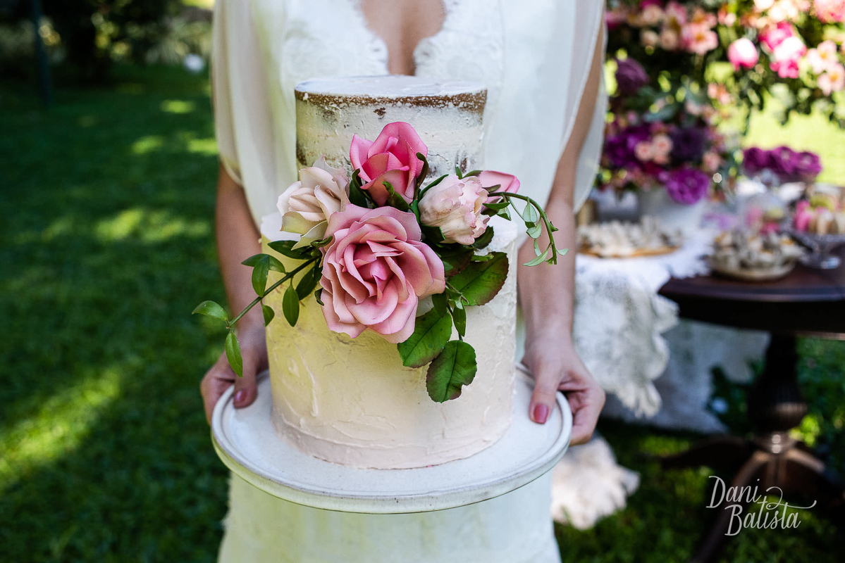 Imagem capa - Topo de Bolo de Casamento: como escolher? por Dani Batista